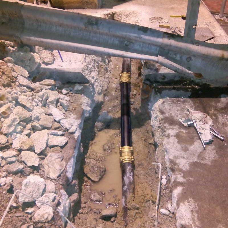 Reparacion-fuga-agua-acometida-taller.